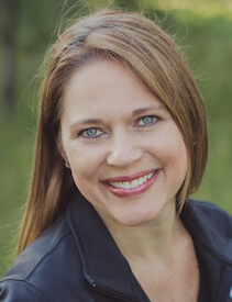 Head shot of dental hygienist Julie