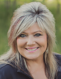 Head shot of dental assistant Tammy